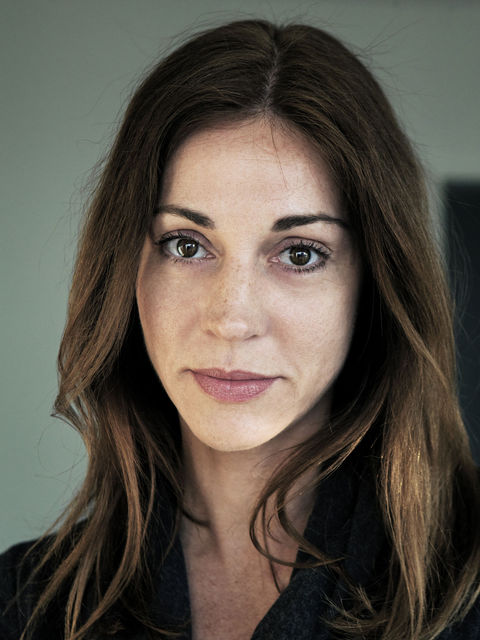 Karin C Tscharre