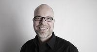 Torsten Schütte, assistant costume designer, costume patination, wardrobe, costume dyeing, Berlin