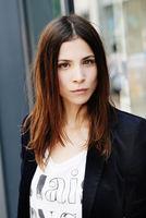 Aylin Tezel, actor, Berlin
