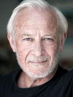 Matthew Burton, actor, voice actor, speaker, Berlin