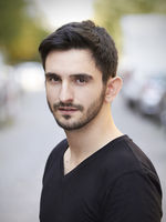 Evangelos Sargantzo, actor, Hamburg