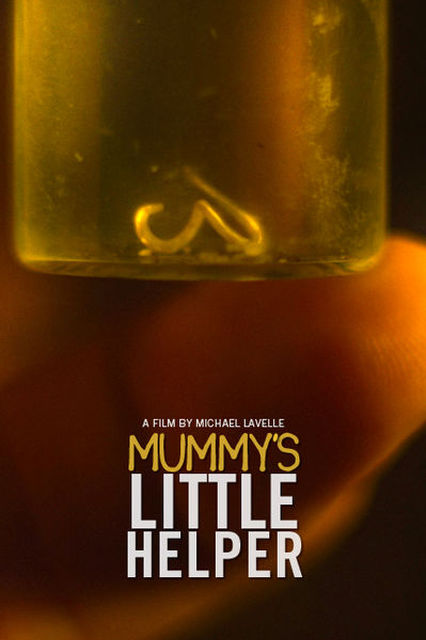 Mummys little helper | © macchiato pictures