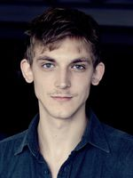 Joshua Jaco Seelenbinder, actor, Braunschweig