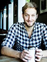 Christian Dücker, young talent, speaker, singer, Köln