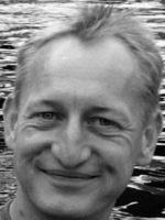 Björn Holzhausen, prop master, Berlin