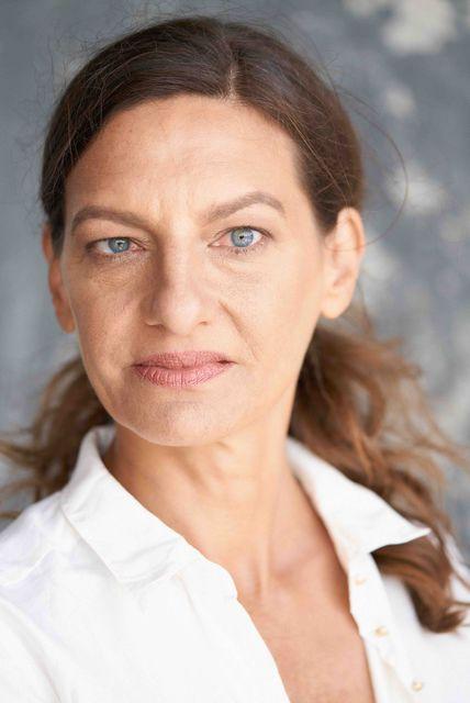 Striebeck schauspielerin janna Perfect Cat