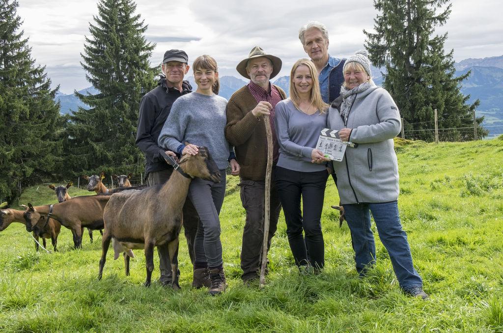 Daheim In Den Bergen Liebesreigen Tv Film Reihe 2017 2018