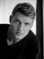 Emery Escher, young talent, drama student, München
