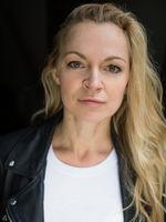 Sarah Schindler, actor, speaker, Berlin