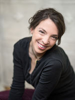 Lucia Rau, actor, voice actor, speaker, comedian, musical artist, singer, München
