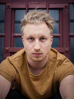 Lucas Lentes, drama student, young talent, Dresden