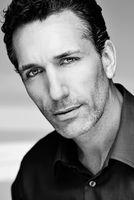 Nigel Casey, actor, Düsseldorf